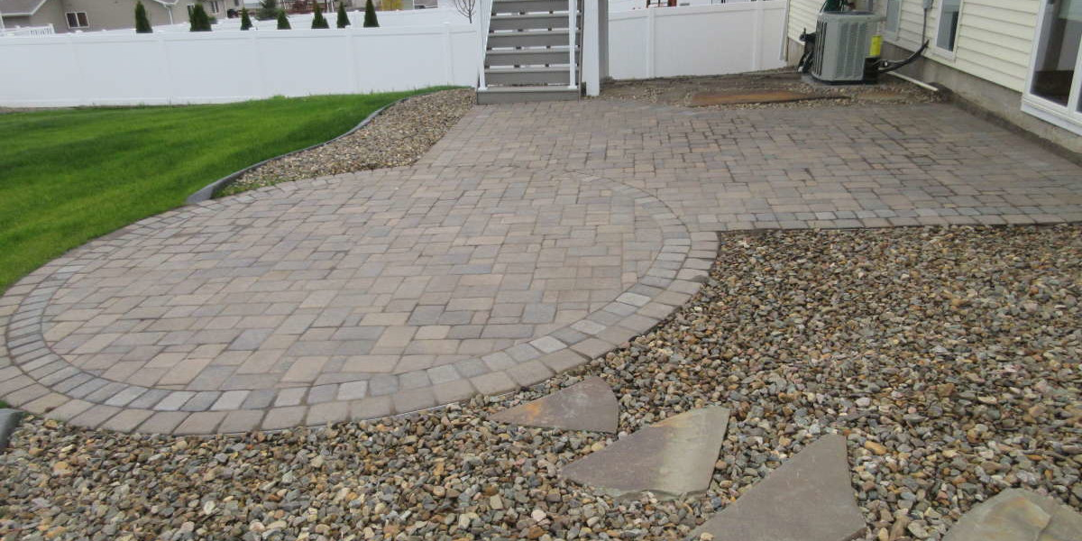 Patio With Flagstone