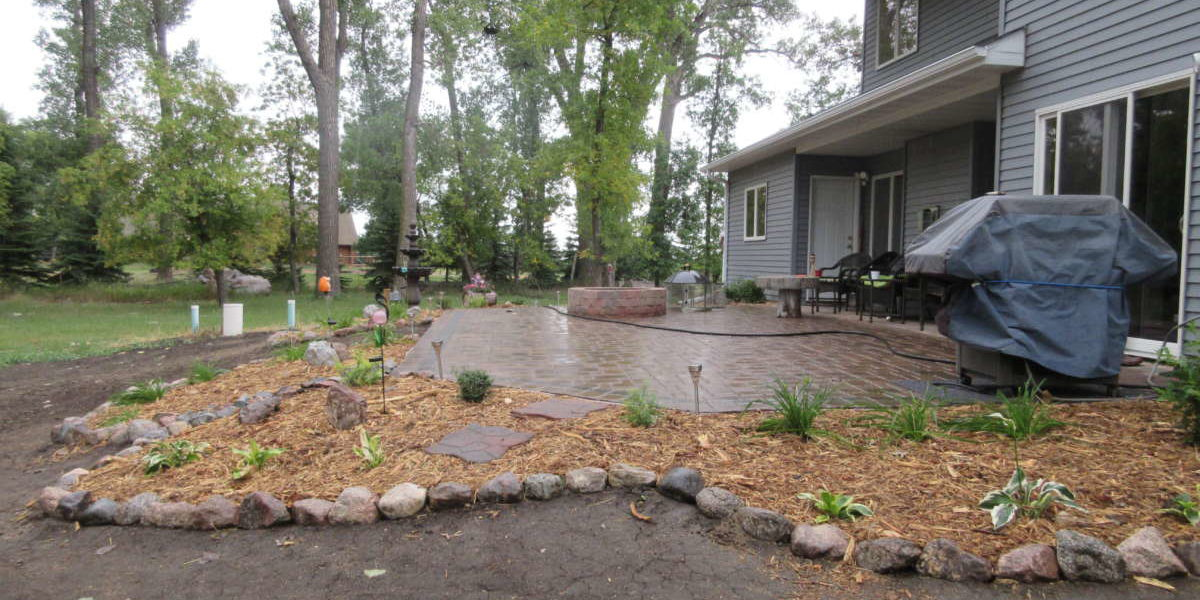 Back Yard Patio with Gas Firepit