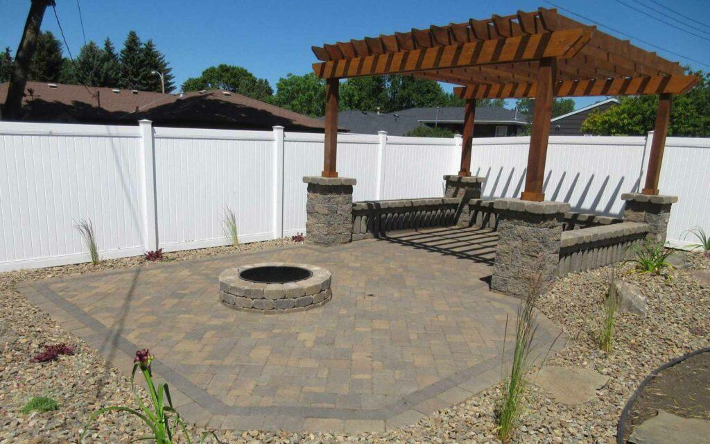 legacy-hero-landscaping-patio-pergola-1.jpg