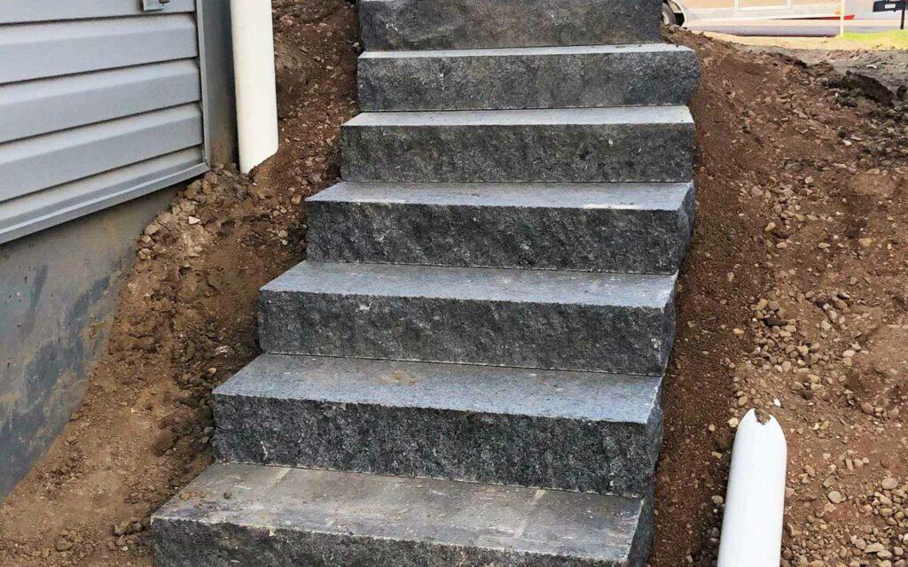 legacy-hero-landscaping-rock-steps.jpg